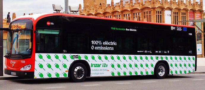 Un autobús eléctrico de TMB.