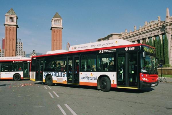 Barcelona alcanza la cifra de 15 años en el uso de autobuses de gas natural