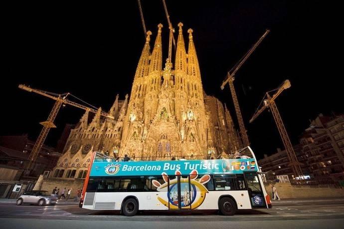 Barcelona Bus Turístico, ruta por las calles decoradas con luces navideñas