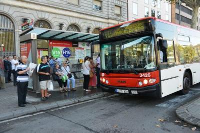 Barcelona reforzará en verano el servicio de bus de la nueva red
