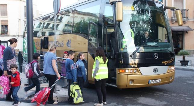 Campaña para inspeccionar 500 vehículos escolares en Madrid