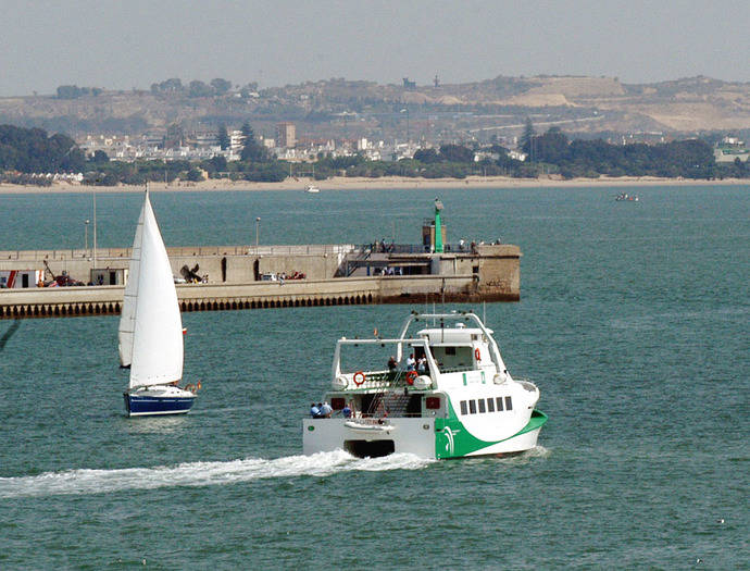 La bahía de Cádiz registra 5 millones de viajes