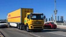 Uno de los camiones BYD que DHL ha incorporado en Estados Unidos.