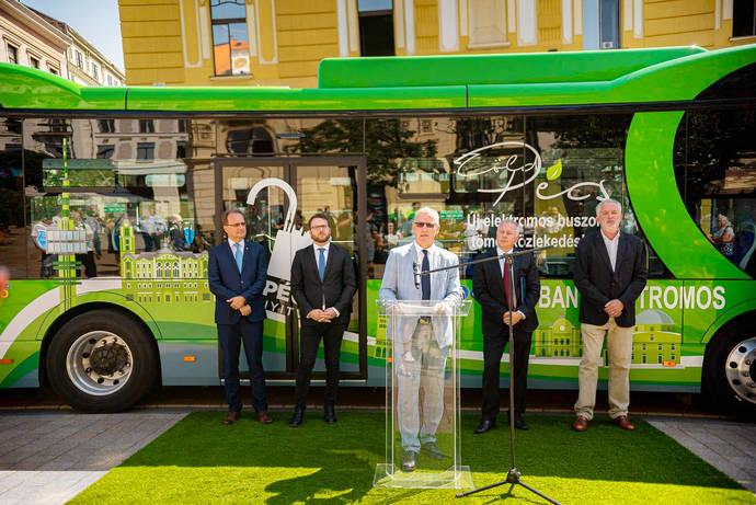 BYD impulsa el ecotransporte en Hungría: entrega flota de 10 100% eléctricos