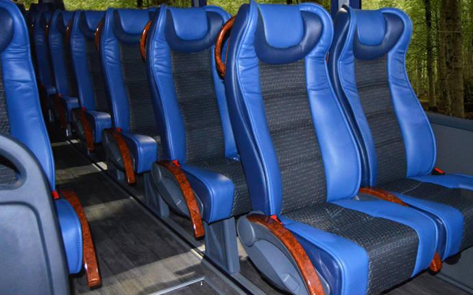 Rodabus adquiere un Indcar Next equipado con polipiel