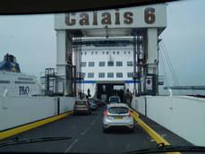 Conexión UE-Reino Unido por Calais, con vehículos.
