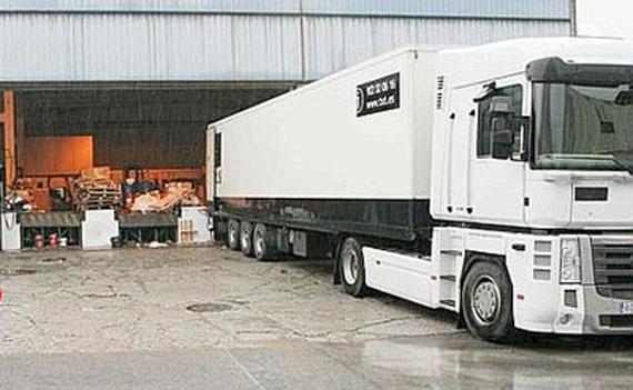 Directrices de IRU sobre recepción de mercancías, para reducir accidentes y mejorar eficiencia