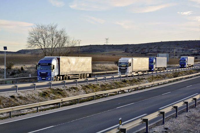DGT: restricciones en la AP-1/A-1N-1 en Burgos para camiones que vayan a la frontera