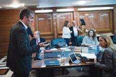 El Gobierno de Canarias aprueba la creación de la Mesa del Transporte