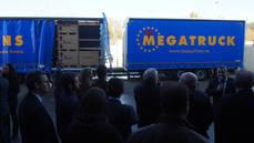 Schmitz Cargobull presenta el megacamión en España.
