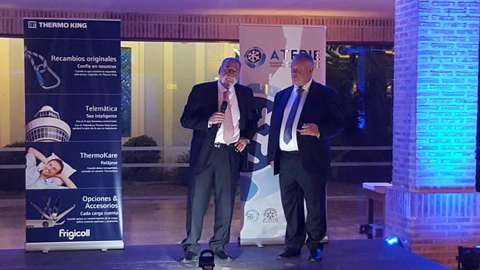 NEXOTRANS recibe una insignia de Atfrie, por sus 500 ediciones