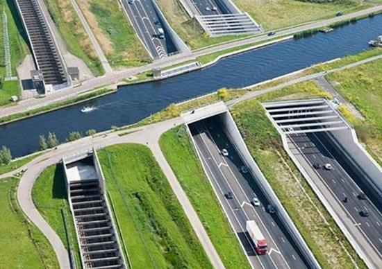 Norma de salario mínimo holandés obliga al registro de los conductores