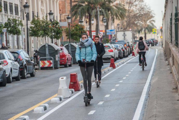 Un 24% más de circulación por los carriles bici de Valencia, con el nuevo curso escolar