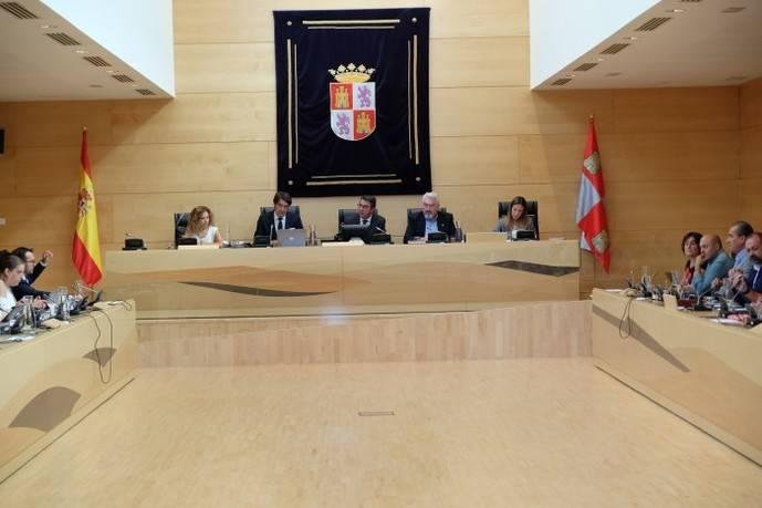 Castilla y León impulsa modelo de transporte pensado para los pueblos