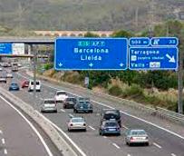 Cataluña restablece las restricciones a la circulación a camiones