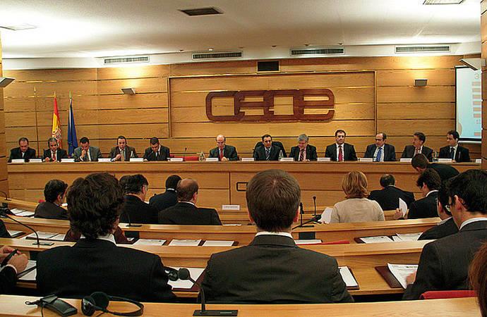Rechazo de la CEOE a la declaración de independencia