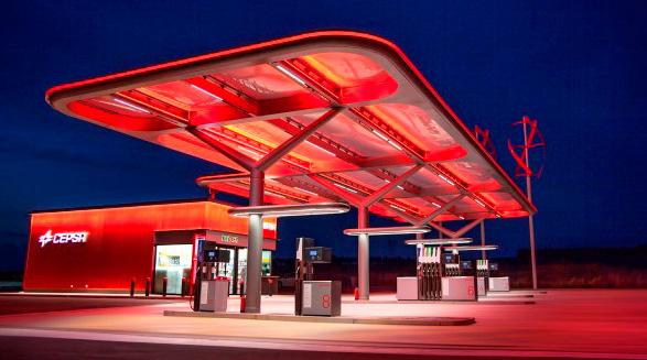 Cepsa inaugura su nuevo modelo de estaciones de servicio en Las Palmas