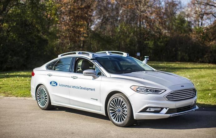 Ford construye la nueva generación de sus vehículos autónomos