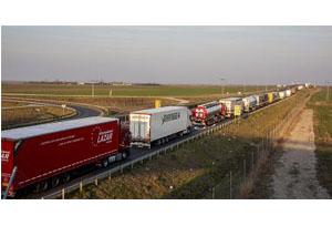 Alemania critica a su Gobierno por las colas kilométricas en la frontera