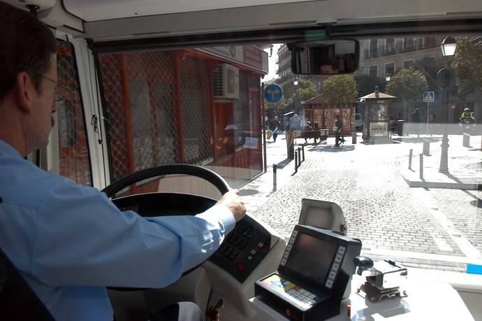 La EMT de Madrid retira del servicio a los empleados mayores de 60 años