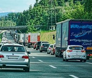 Los confinamientos locales impiden la actividad normal de los transportistas