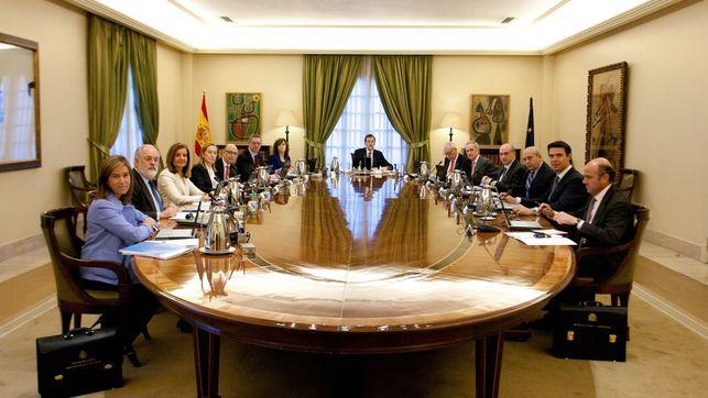 El Gobierno aprueba las subvenciones al transporte de Madrid, Barcelona y Canarias