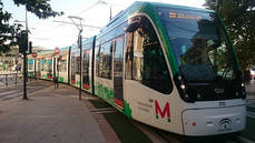 Granada se equipara al transporte de Sevilla y Málaga