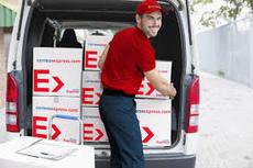 Correos Express amplía al sábado las entregas de su servicio Paq24