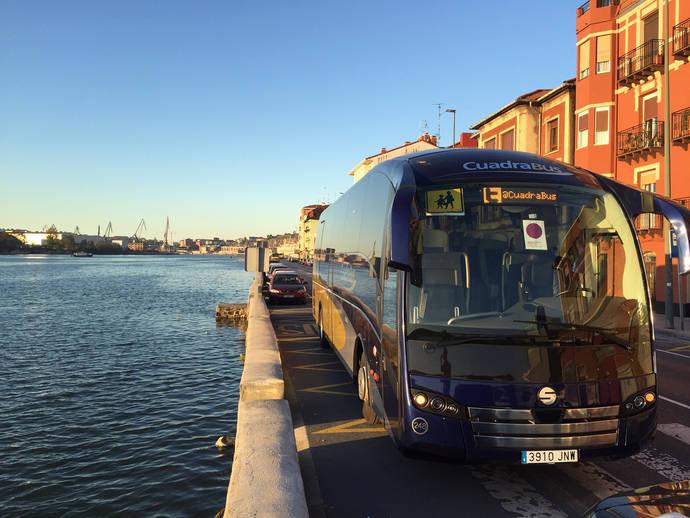 Autobuses Cuadra y Dbus contra la violencia a las mujeres
