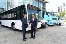 Entrega del autobús urbano número 1000 en Singapur