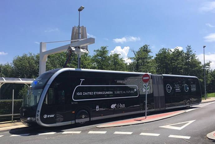 Se presenta el primer autobús 100% eléctrico articulado de Dbus