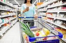 Las asociaciones llaman a la calma a la población por un infundado desabastecimiento de alimentos