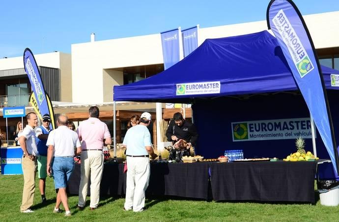 Negocio y diversión se dan la mano en Euromaster con la celebración del 'I Torneo de Golf'