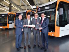 Martin in der Beek considera la electrificación del transporte en autobús un claro objetivo de la empresa.