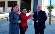 La Junta entrega el primer espacio de la nueva nave logística de Córdoba