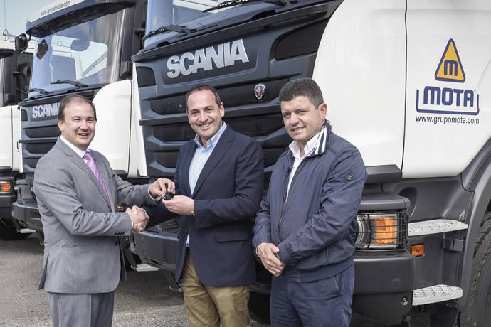 Transportes Mota aumenta su flota con 10 camiones Scania