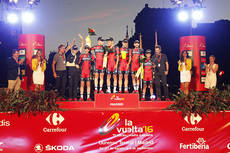 Azkar Dachser Group premia a los equipos