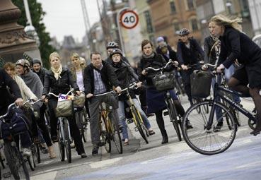 FedEx colabora en un plan de seguridad vial para ciclistas