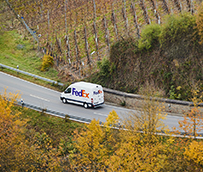 FedEx se compromete a operaciones cero en carbono para 2040