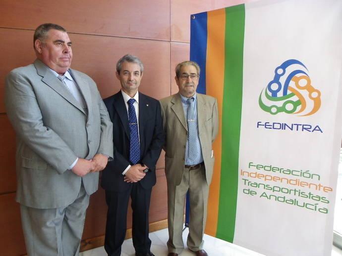 Reunión entre Fedintra y el director general de Movilidad de la Junta de Andalucía