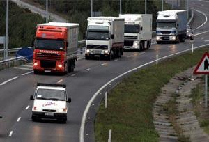 Fegatramer se opone la imposición de los servicios de carga y descarga de camiones