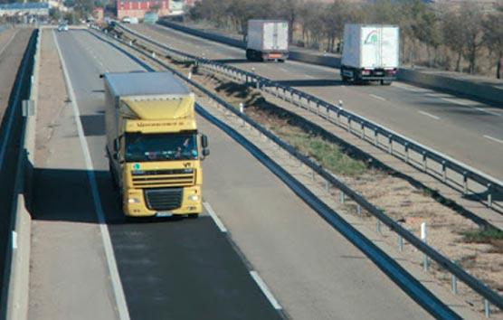 Fenadismer critica el lugar del transporte de mercancías en los nuevos ERTE