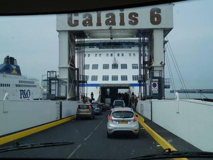 Ferry entre Calais y Dover.
