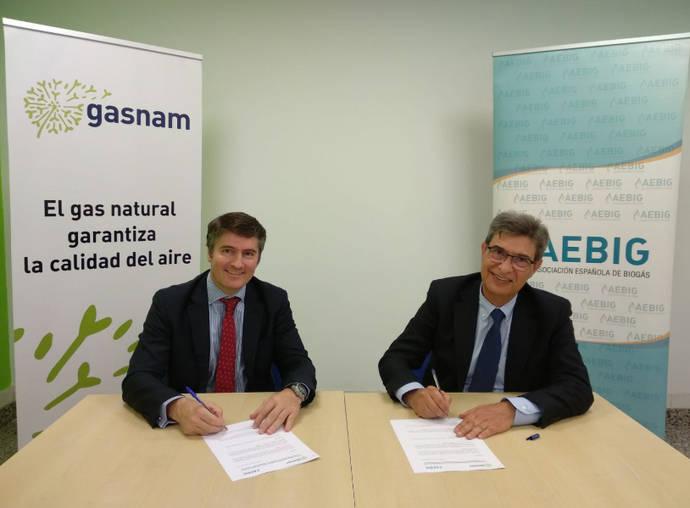 Imagen de la firma del acuerdo.