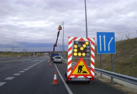 Fomento adjudica 26 contratos de conservación de carreteras
