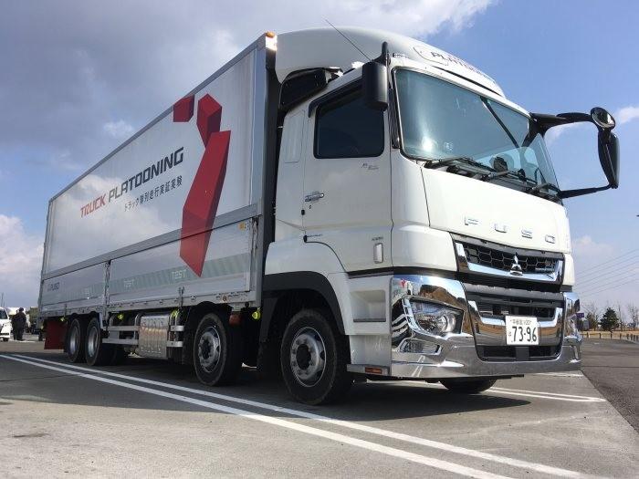 Daimler prueba en Japón el 'platooning' con Fuso