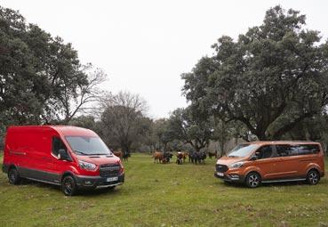 Ford presenta las versiones Trail y Active para la Transit y el Tourneo