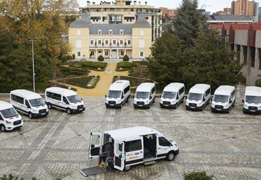La Fundación ONCE y Ford España entregan 11 vehículos adaptados