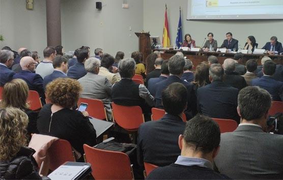 Fomento organiza una jornada divulgativa sobre el ROTT en el Transporte de Viajeros