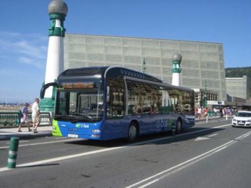 Dbus renueva su flota, con nueve autobuses de 12 metros